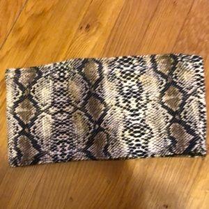 bandu top snake print polyester 95% spandex 5%